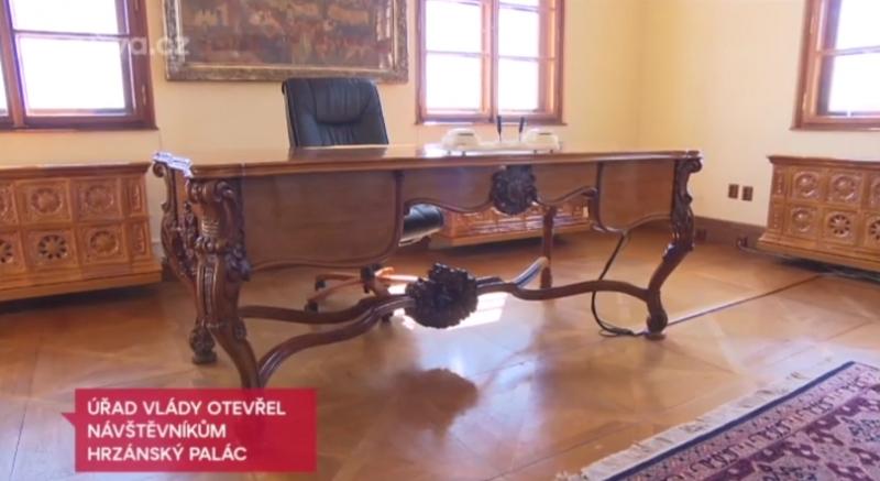 Elektrická kachlová akumulační kamna Hrzánský palác